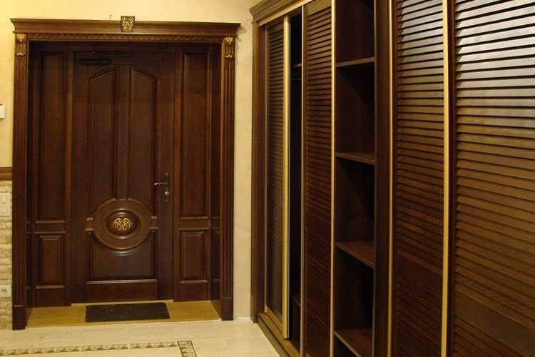 Ексклюзивні двері під замовлення у Львові