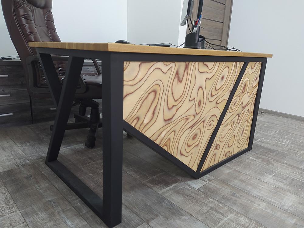 стіл 4 в