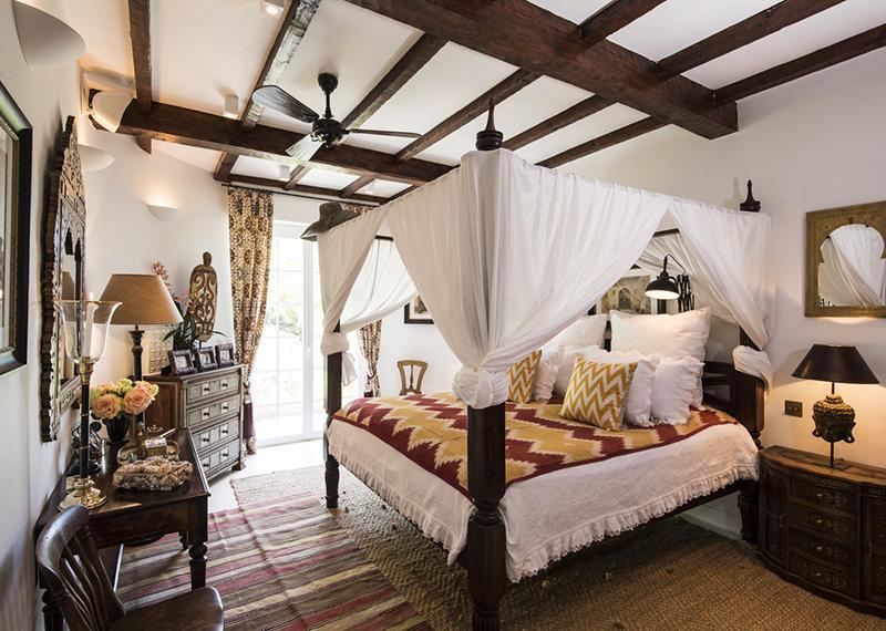 спальня_в_колоніальній_стилістиці