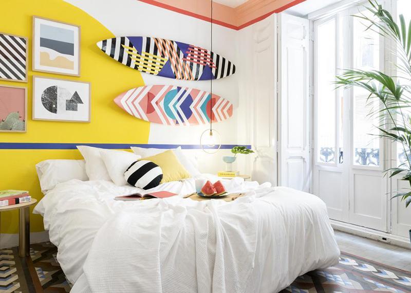 стильні-декори-в-спальні-мемфіс